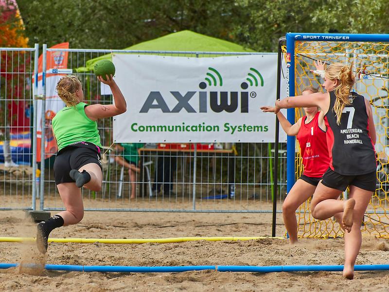 Molecaten NK Beach Handball 2017 dag 1 img 348.jpg