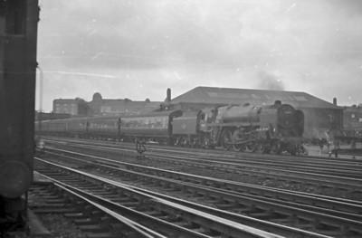 BR Standard Class 6 Clans (72000-72009)