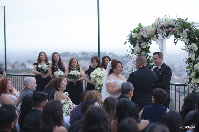 20_Jauregui_Wedding.jpg
