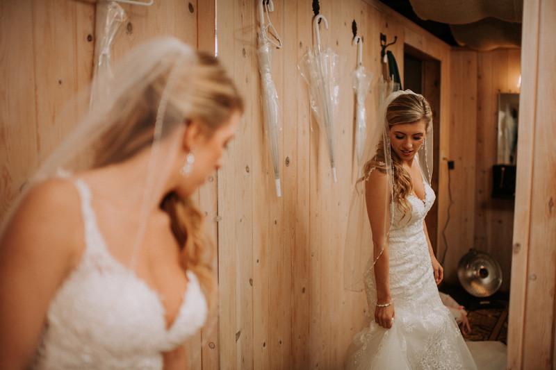 Seattle Wedding Photographer-667.jpg