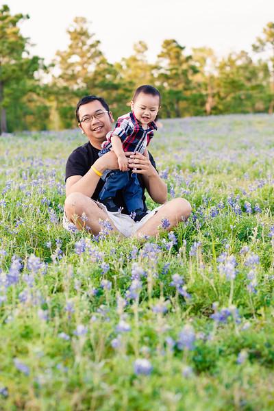 blue-bonnet-family-portrait-401-Edit.jpg