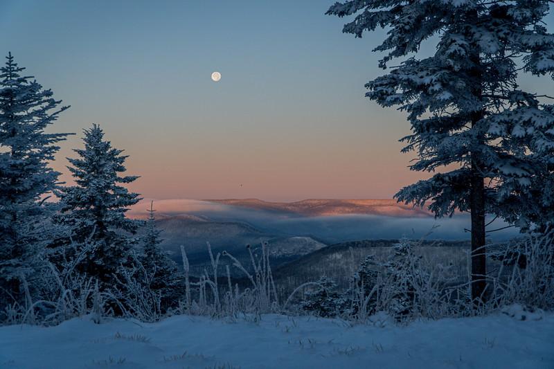 Snowmaking 1920-04700.jpg