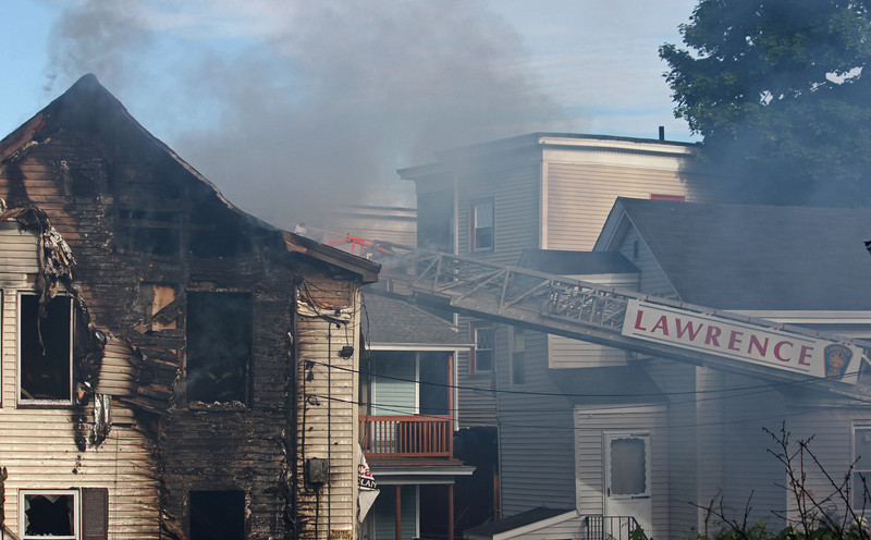 lawrence fire 62127.jpg