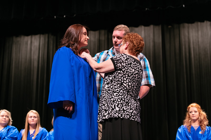 20190510_Spring Nurse Pinning Ceremony-9679.jpg