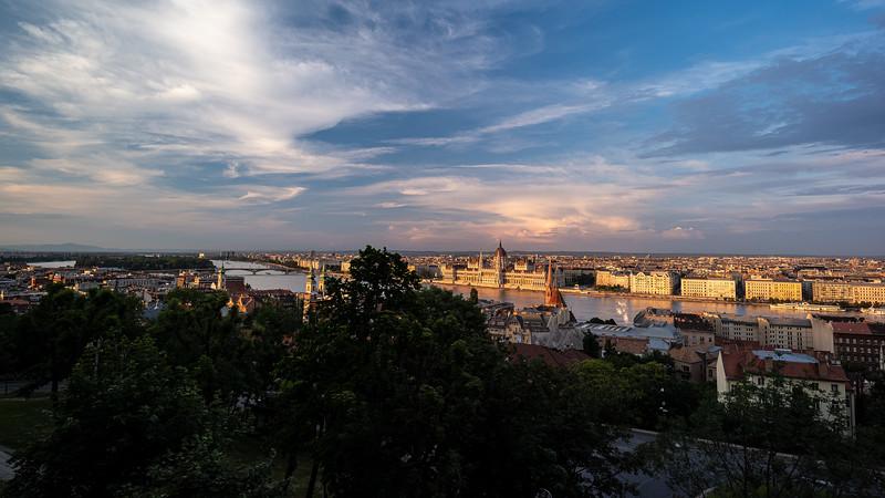 sky Danube & parliament from Buda Castle.jpg