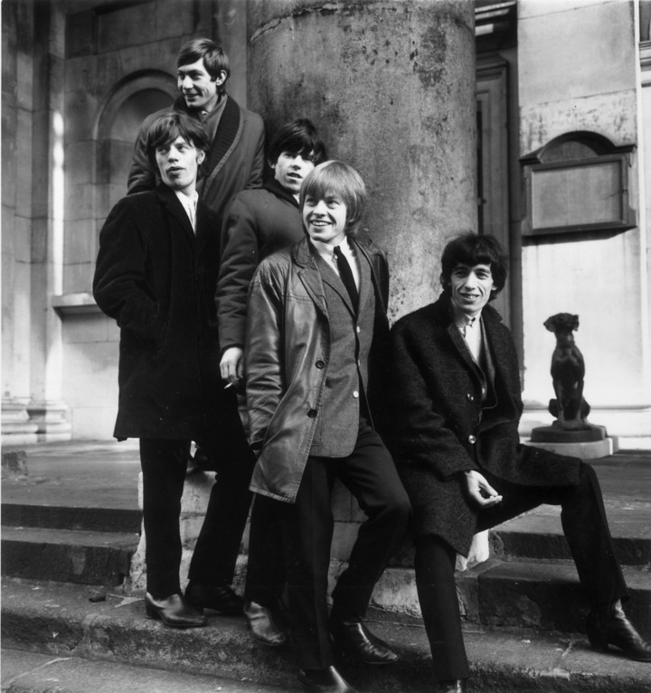 . British rock group the Rolling Stones, (from left) Charlie Watts, Mick Jagger, Keith Richards, Brian Jones and Bill Wyman, outside St George\'s Church, Hanover Square, London, January 17, 1964.  (Photo by Terry Disney/Express/Getty Images)
