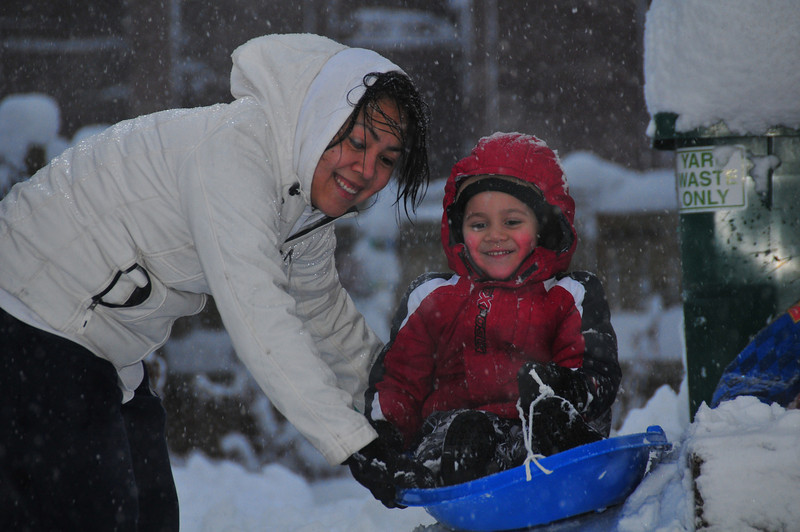 2012-12-09 First Snow of the Year - Sleeding 011.JPG