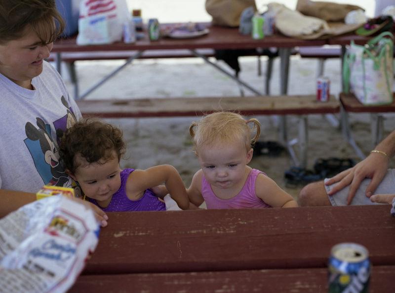1996 06 08 - Party at Base Beach 085.jpg
