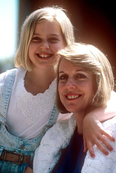 1991-06 Barbara Secor and Christie.jpg