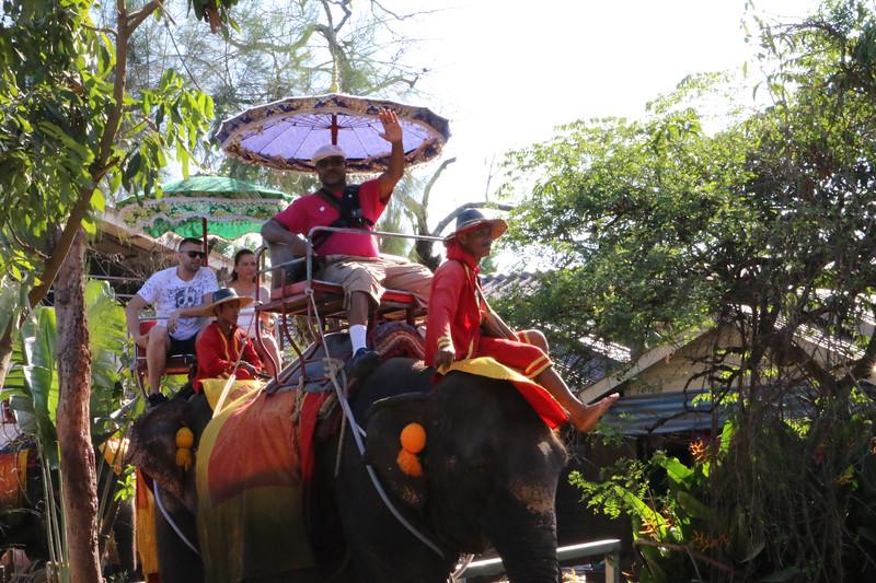 Trip to Bangkok Thailand (213).jpg