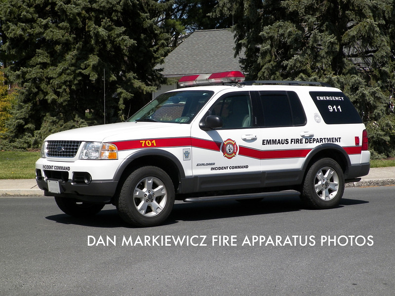 EMMAUS FIRE DEPT. COMMAND 701 2004 FORD OIC UNIT