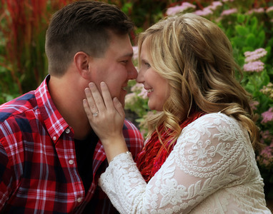 Lyndsie  and Bradd-- e-session