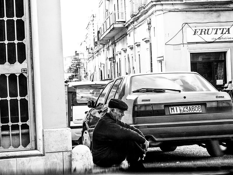 I wonder what he's thinking....Nardò