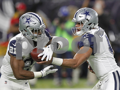 dallas-cowboys-ezekiel-elliott-leads-in-nfl-pro-bowl-voting-with-dak-prescott-second
