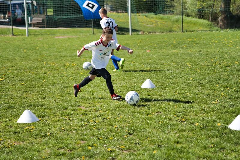 hsv-fussballschule---wochendendcamp-hannm-am-22-und-23042019-y-16_40764458763_o.jpg