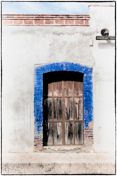 Blue Door in Pozos