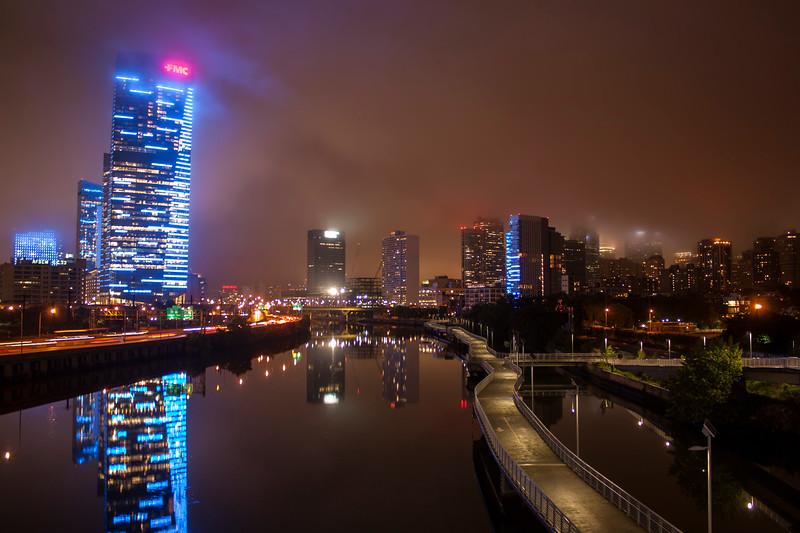 Day_02-Philly-Skyline-Fog-IMG_8290.jpg