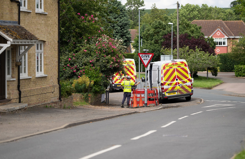 Installing fibre cables underground (7 July 2021)