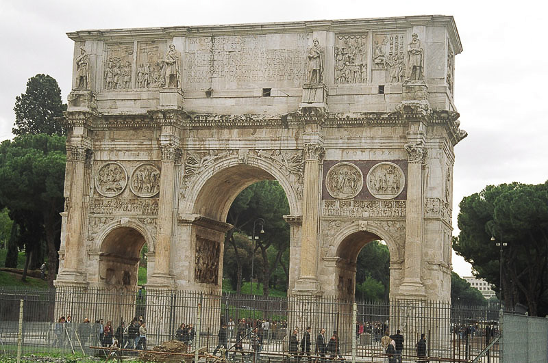 Saturday_Arch_of_Constantine_From_Behind_2