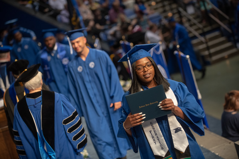 May 11, 2018 commencement-1991.jpg