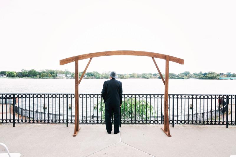 chateau-on-the-river-trenton-michigan-wedding-0081.jpg