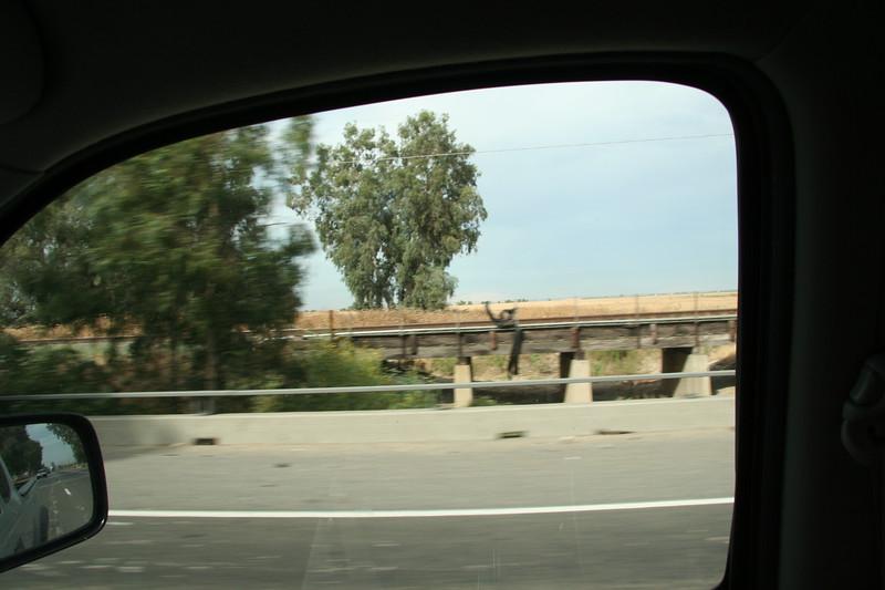 Bridge2_03.JPG