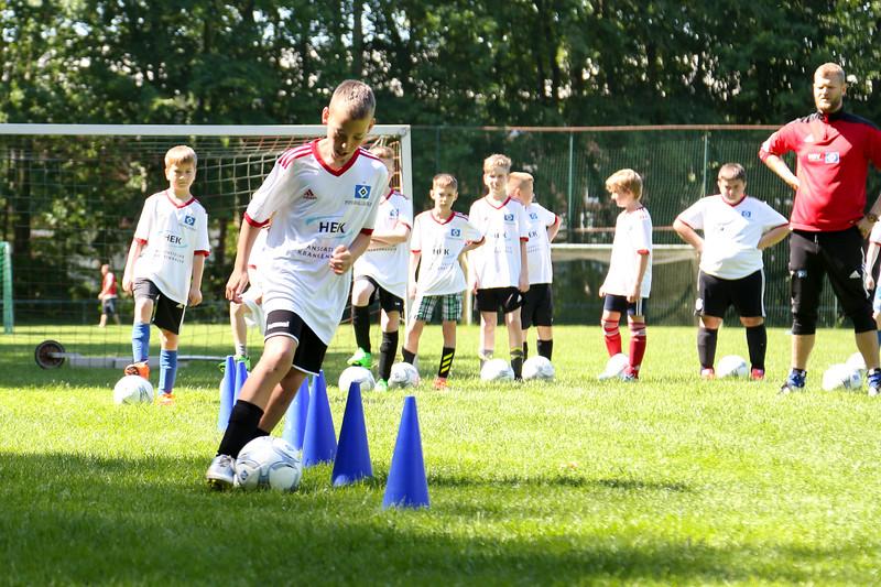 hsv_fussballschule-263_48048033382_o.jpg
