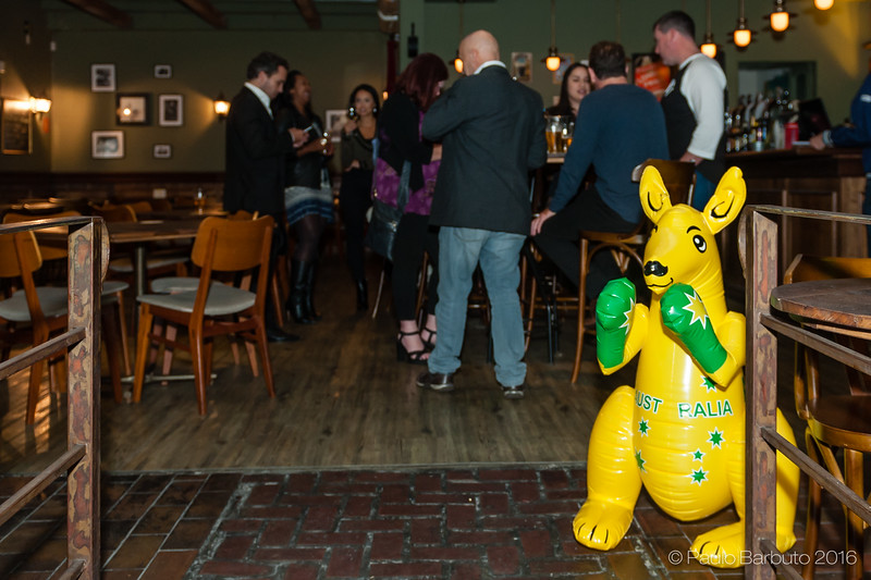 Australia now - Rugby - Happy Hour Camden House - Abril 2016