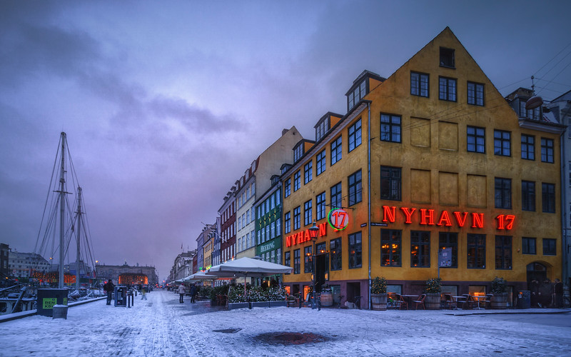 Nyhavn 17 at winter time