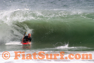Bodyboarding the Wedge 060107