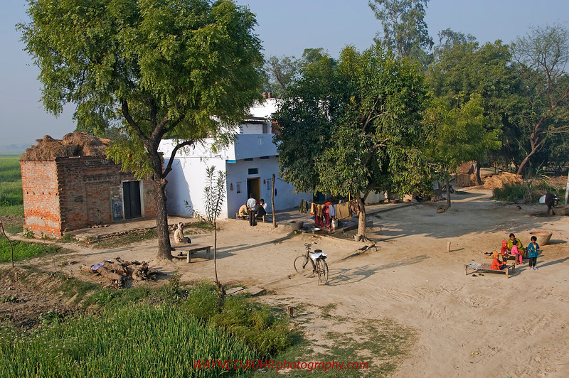 XH-INDIA-20100223A-148A.jpg
