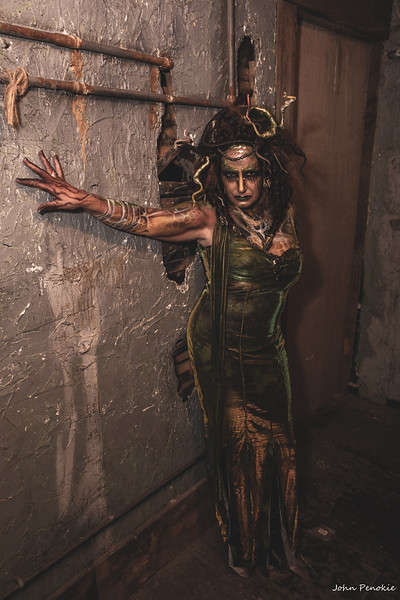 Event: Monsters Model Motars (MMM) 2019 Model: Sue Tomczak Hair: Cyndi Piotrowski MUA FX: Alicia Odonnell SFX: Otto Ott  Photographer: John Penokie / EyeOnYouPhotos.com