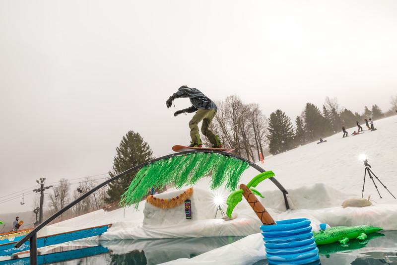 Pool-Party-Jam-2015_Snow-Trails-596.jpg