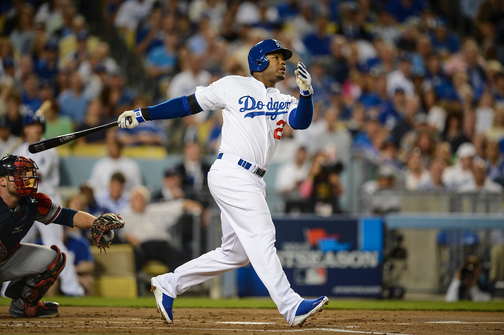 . Dodgers\' Carl Crawford hits a homer at his first at bat in game 4 against Atlanta  Monday, October 7, 2013 ( Photo by Hans Gutknecht/Los Angeles Daily News )
