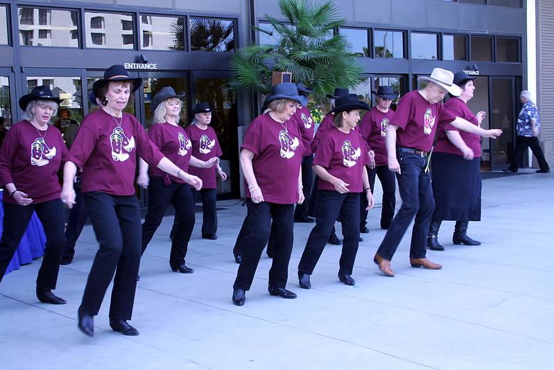 5723 Heel Toe Go Dancers.jpg