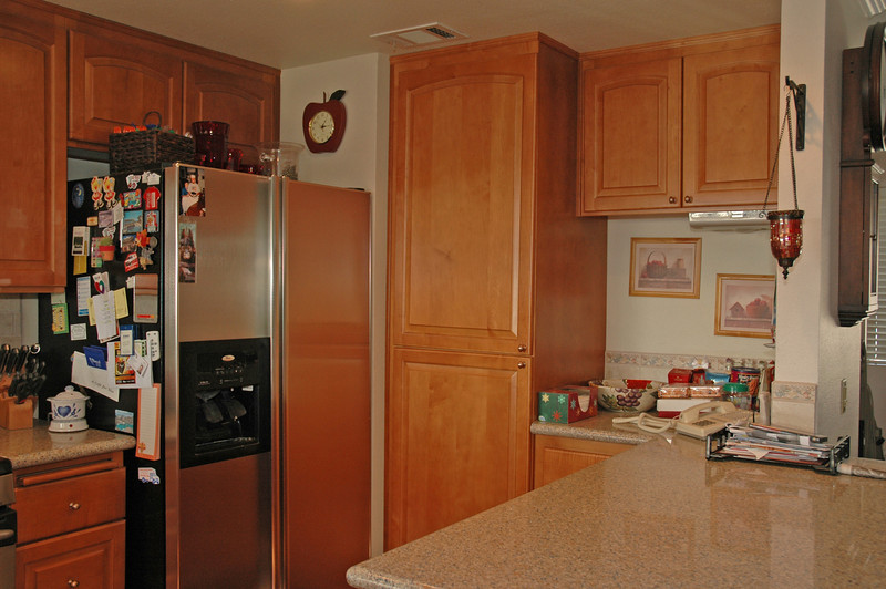 easthaven_10957 kitchen pantry.jpg
