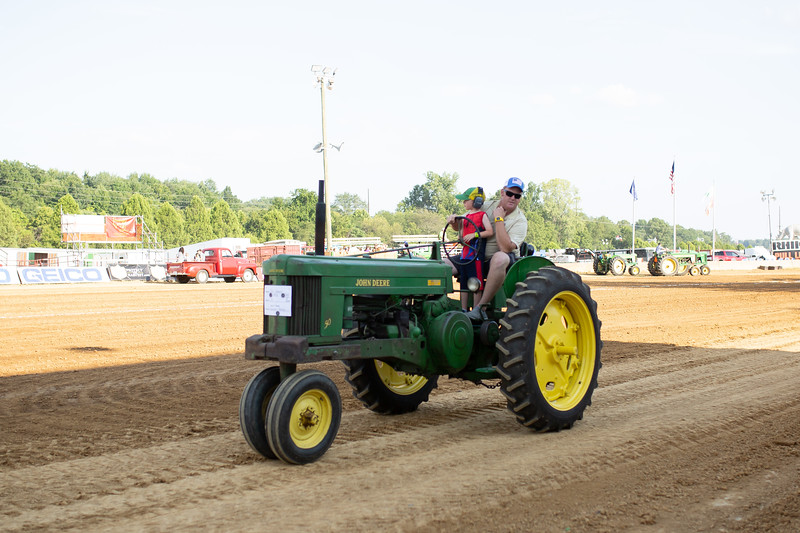 Antique Tractor Parade-78.jpg