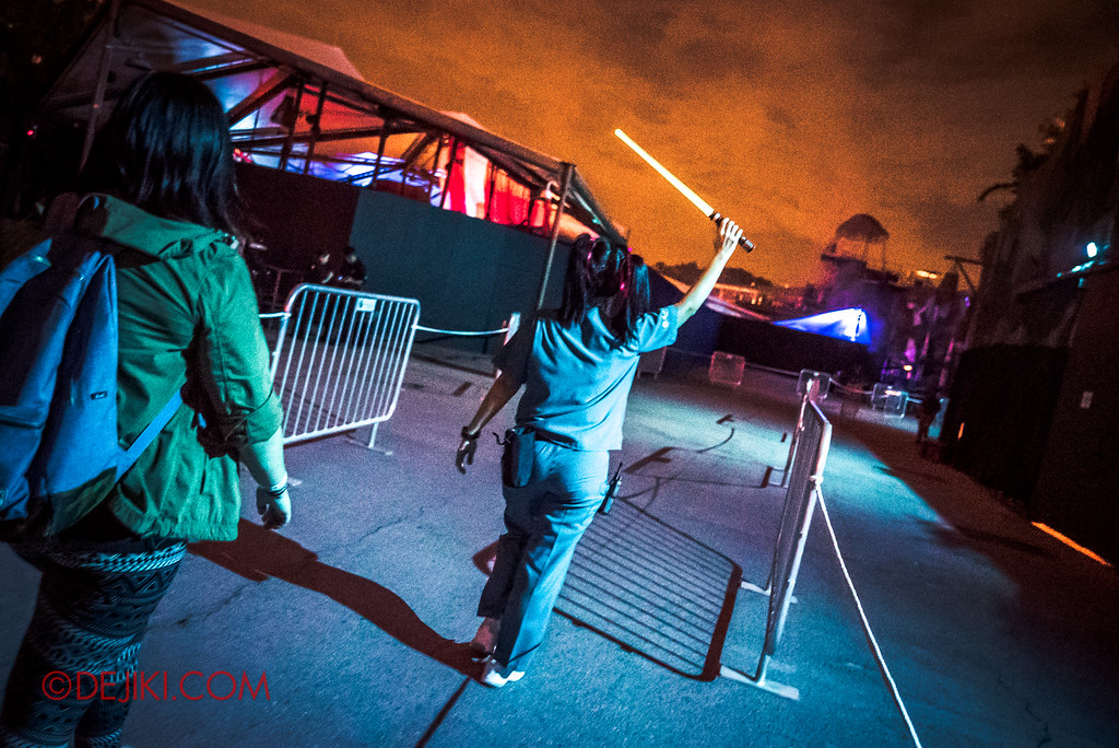 Halloween Horror Nights 6 - RIP Tour review / priority access to all haunted houses via VIP access lane - Bodies of Work