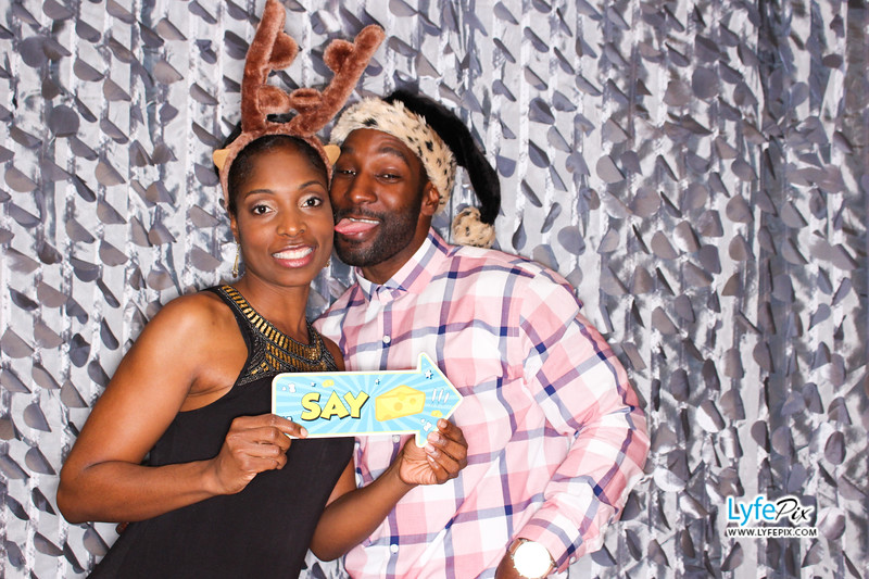 red-hawk-2017-holiday-party-beltsville-maryland-sheraton-photo-booth-0243.jpg
