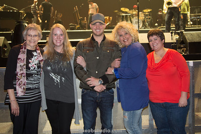 2013-11-20-Mix100-Michael Bublé-MnG