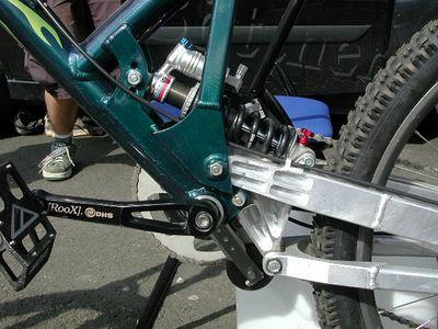 Golem bike shocks