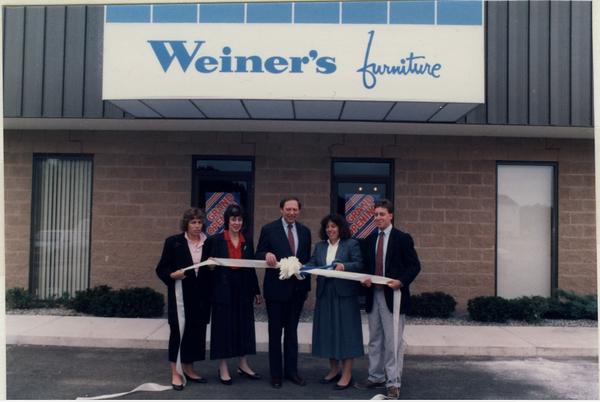 1987 07 Weiner's Furniture Plaistow Opening