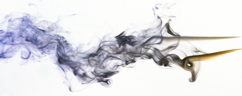 Smoke Trails 4~8524-1niw.