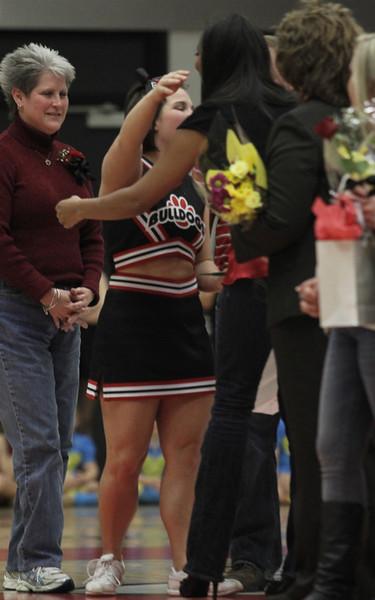 Senior Cheerleader Ellie Messer