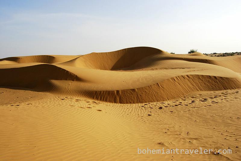desert sand dunes (3).jpg