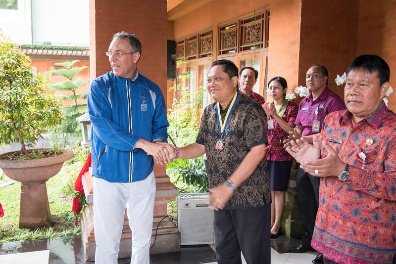 20170202_Peace Run Denpasar w_Mayor_054.jpg