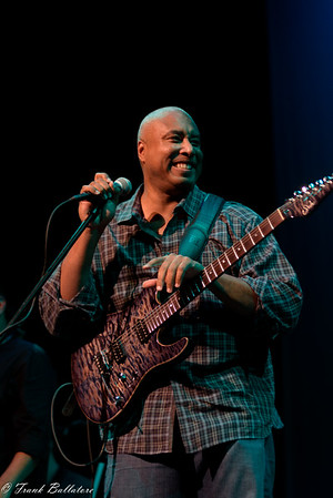 Ridgefield Playhouse - Bernie Williams 09-10-16