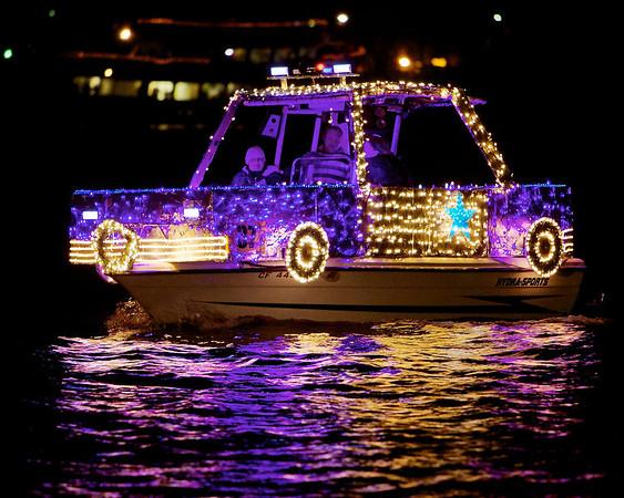 2013 Oakland Lighted Boat Parade