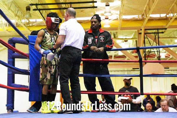 Bout #9: Kilyan Hayes-Woods, Blue Gloves, Cleveland -vs- Mykell Gamble, Red Gloves, Cincinnati, 119 Lbs.
