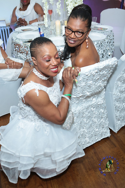 SHERRY SOUTHE WHITE PARTY  2019 re-201.jpg
